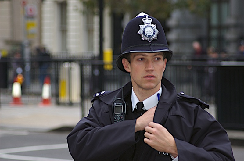 By Southbanksteve from London, UK (My name is Will or Policeman as (arresting) model) [CC-BY-2.0 (http://creativecommons.org/licenses/by/2.0)], via Wikimedia Commons