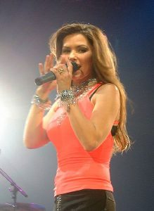 By David Swales (Originally uploaded to Flickr as Hello Shania) [CC BY 3.0 (http://creativecommons.org/licenses/by/3.0)], via Wikimedia Commons